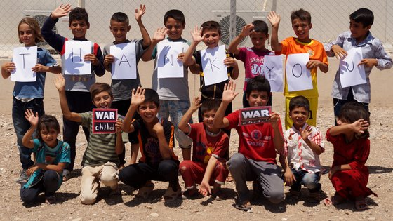 Irak kinderen bedankt thank you War Child