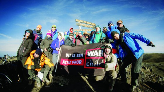 Kilimanjaro beklimmen met War Child